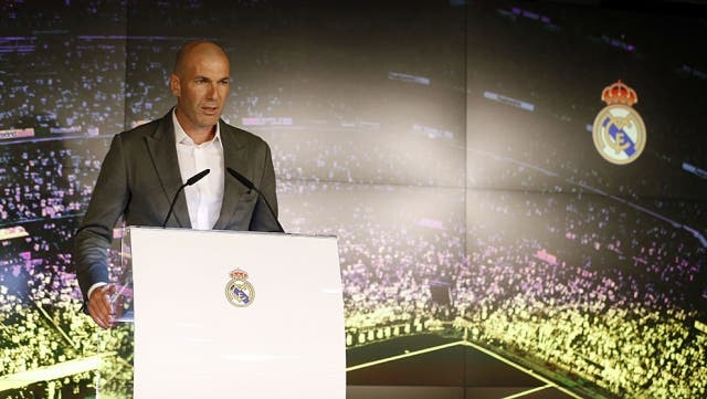 Zinedine Zidane 9