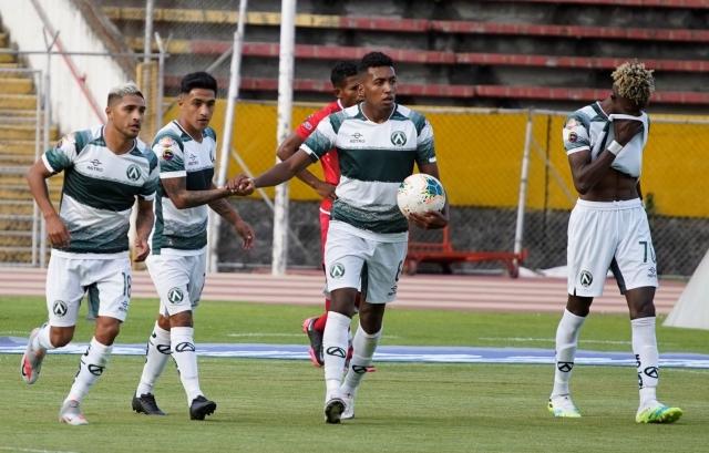 America Quito 7