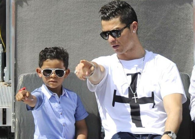 Cristiano Ronaldo e hijo