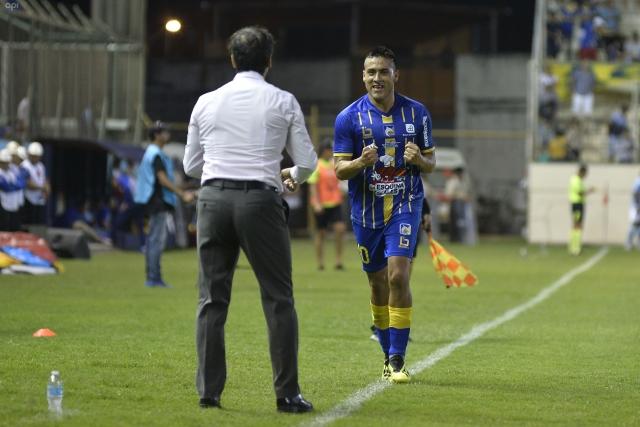 Andres Chicaiza 11