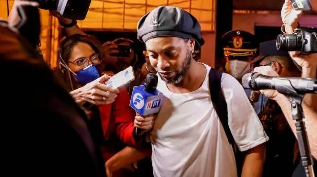 Ronaldinho 7