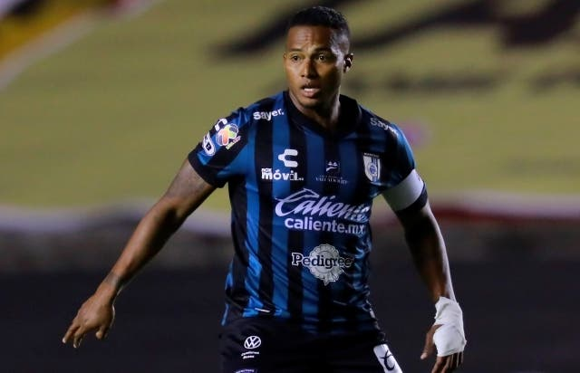Antonio Valencia 13