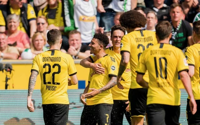 Borussia Dortmund 9