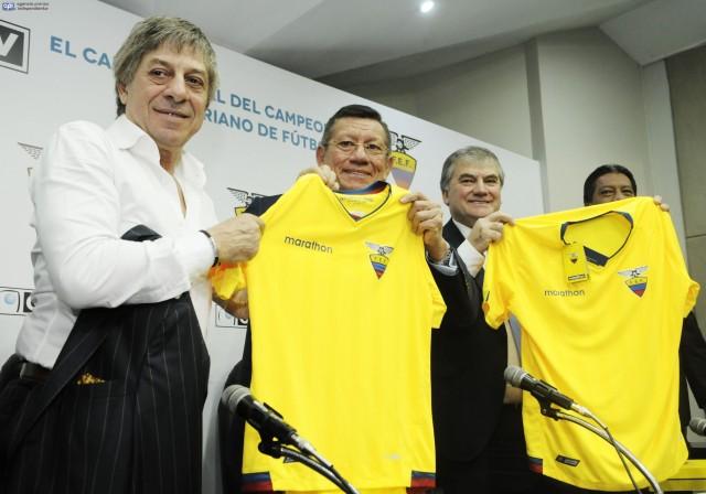 Carlos Villacís 7