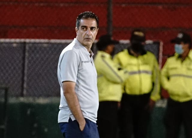 Renato Paiva 6