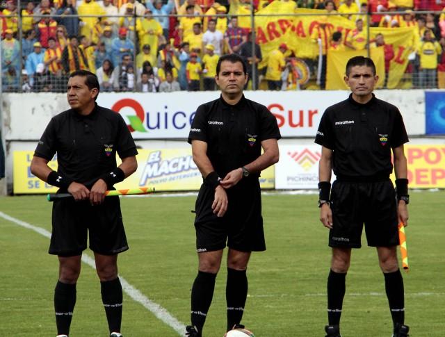 arbitro Daniel Salazar 2