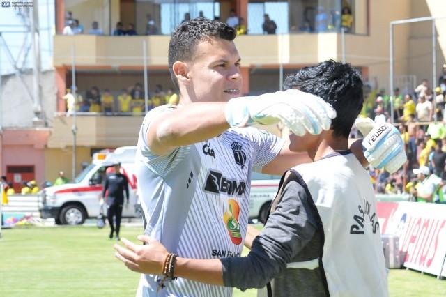 Osvaldo Cabral 3