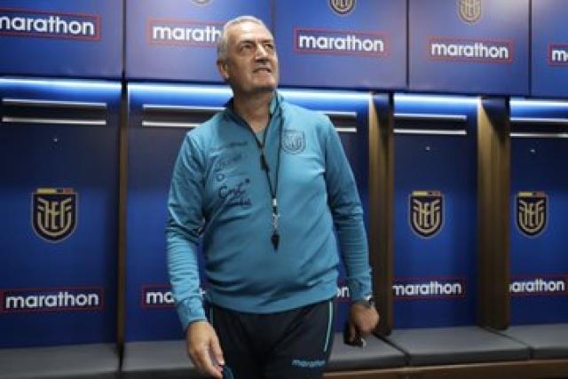 Gustavo Alfaro 12