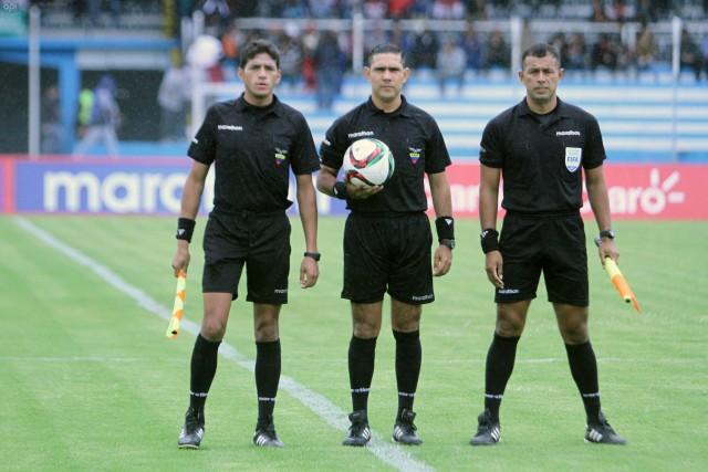 Arbitro Guillermo Guerrero