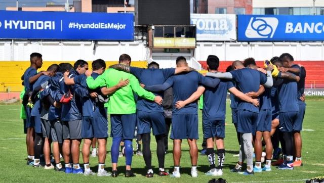 Deportivo Cuenca entrenamiento