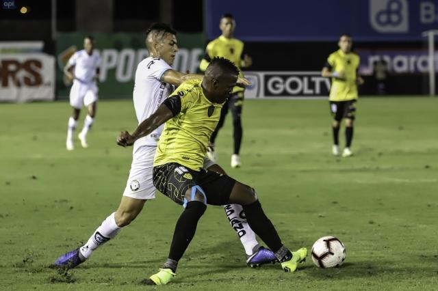 Alex Bolaños 2