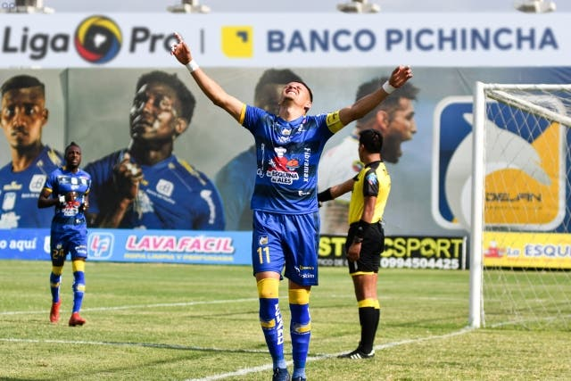 Carlos Garces 16