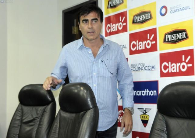 Gustavo Quinteros 14