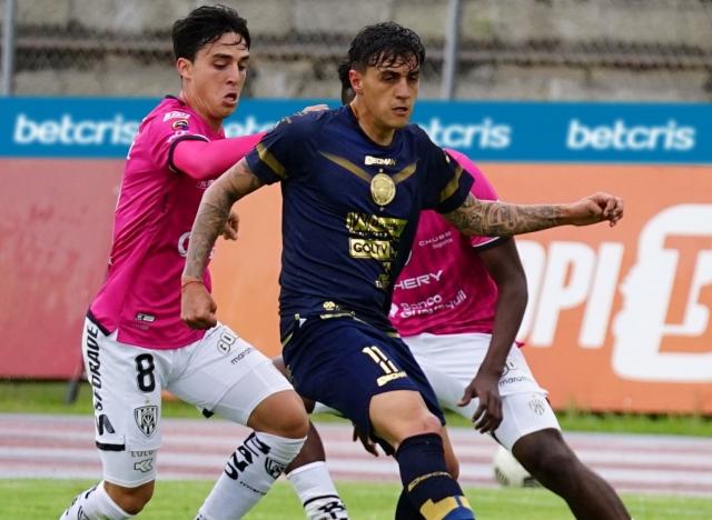 Jose Andrade 3