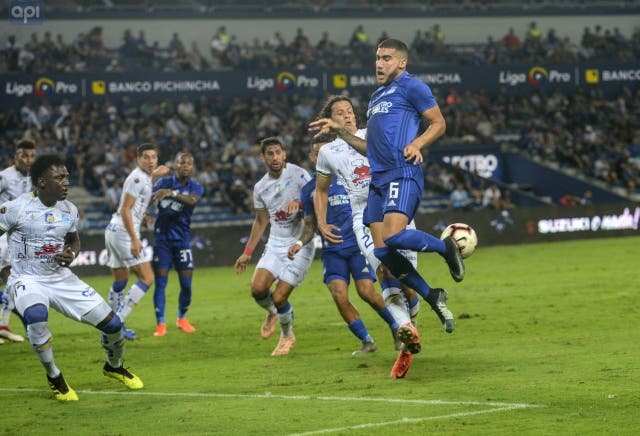 Leandro Vega 4