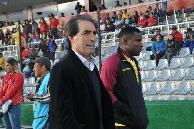 Guillermo Almada 16