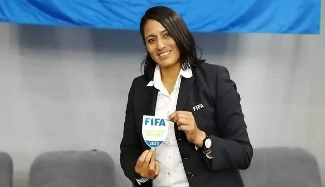 Monica Amboya 3