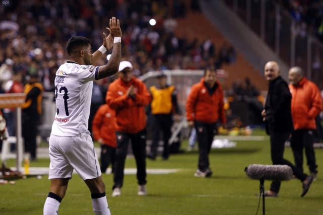 Rodrigo Aguirre 4