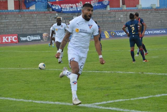 Rodrigo Aguirre 27