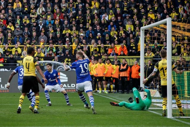 Schalke 04 3