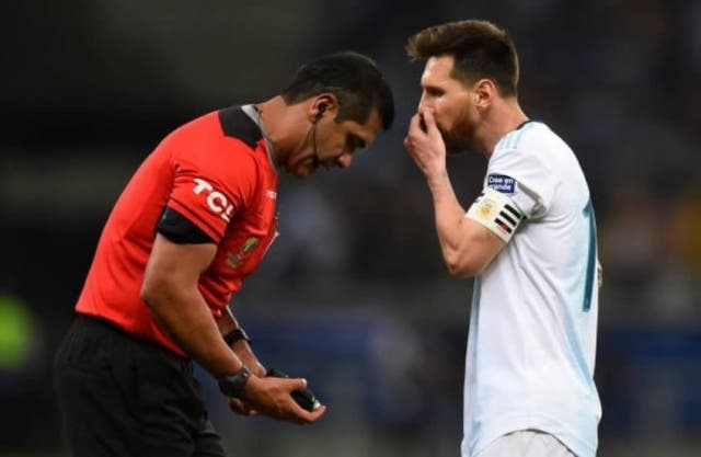Lionel Messi 3