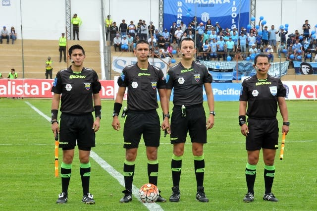 arbitros 13