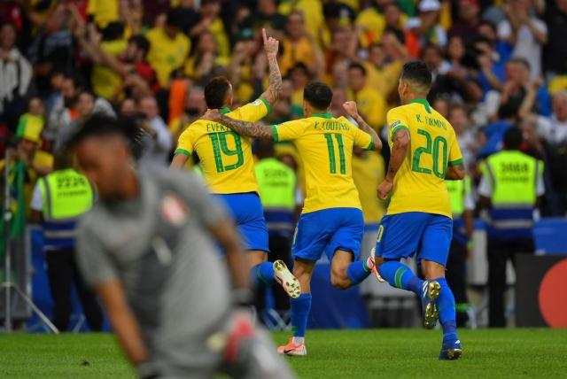Selección Brasil 4