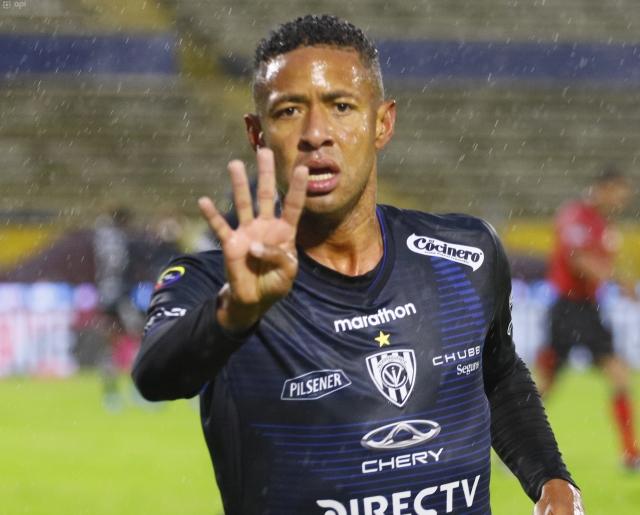 Gabriel Torres 4