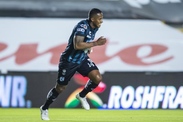 Antonio Valencia 14
