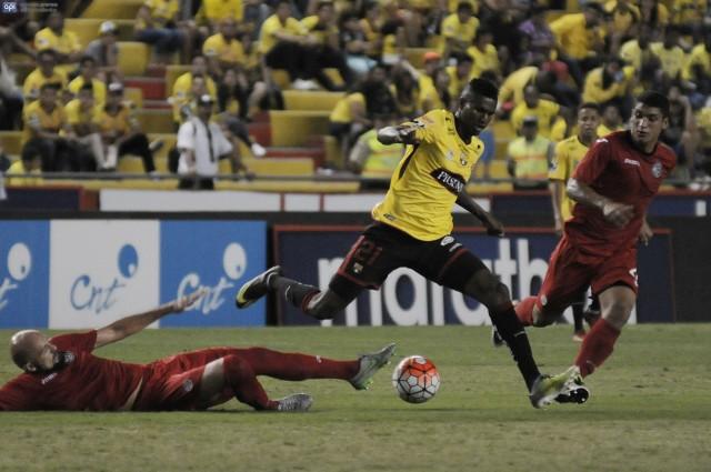 Jose Ayovi 11