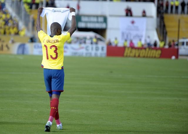 Enner Valencia gol a Paraguay