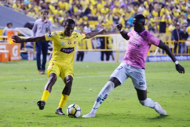 Tito Valencia 2