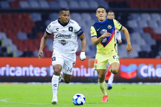 Antonio Valencia 18