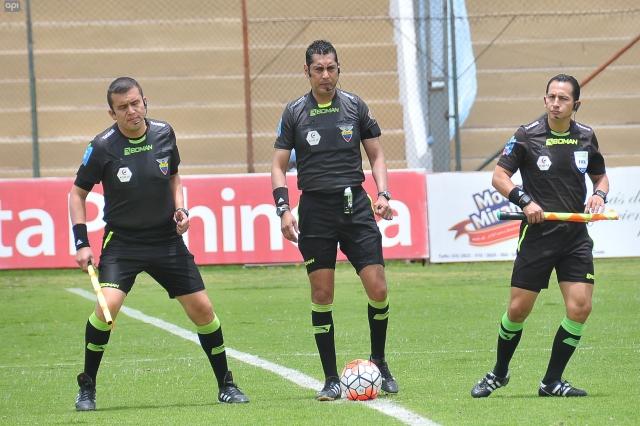 arbitros 12