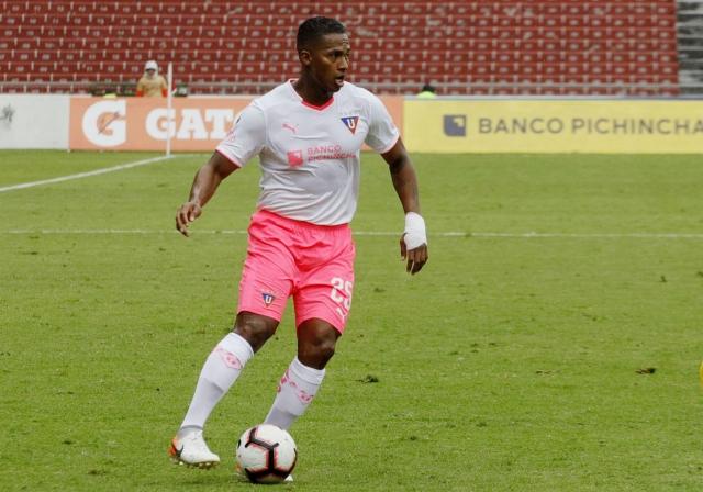 Antonio Valencia 10