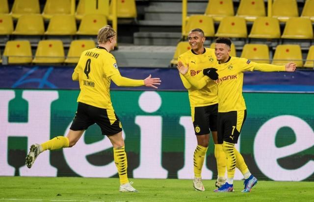 Borussia Dortmund 6