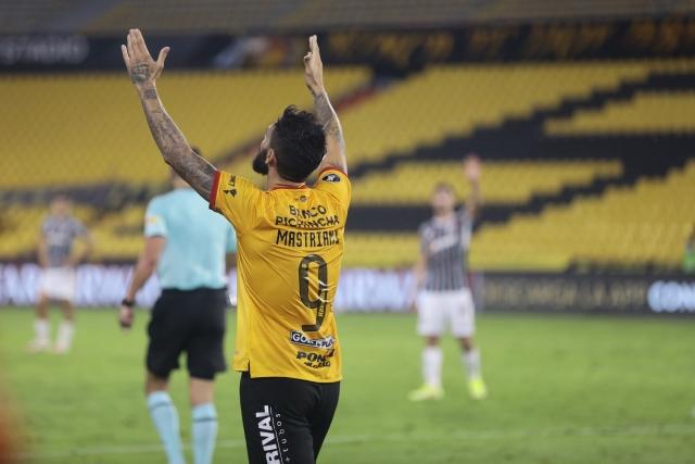 Gonzalo Mastriani 8