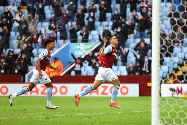 Aston Villa 4
