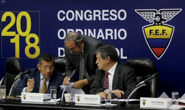 Carlos Villacís 11
