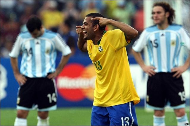 Dani Alves 4