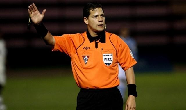 arbitro Victor Carri