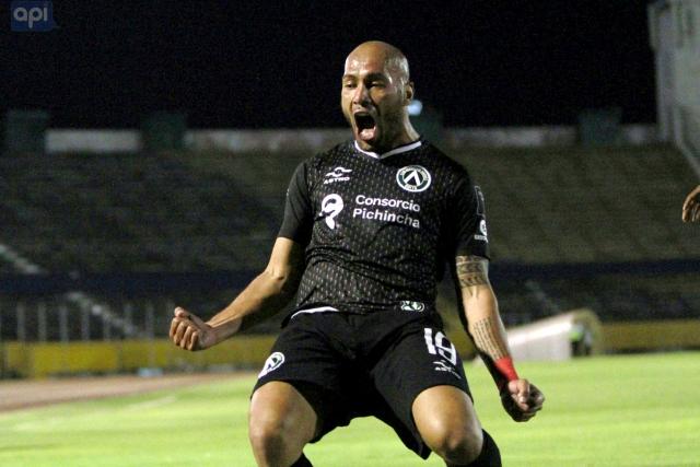 Cesar Espinola