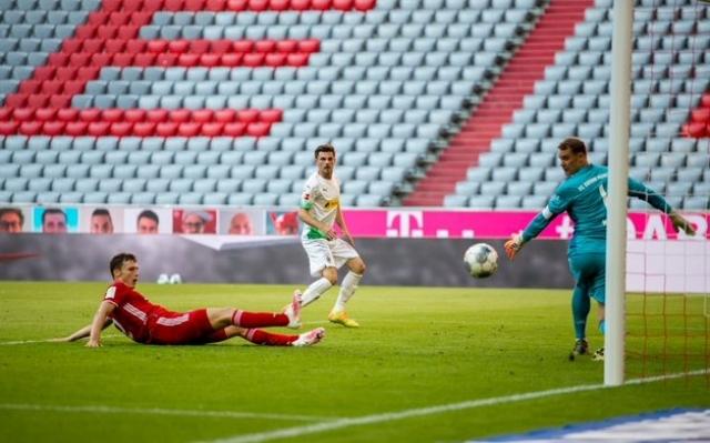 Borussia Monchengladbach 4