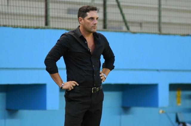 Fabian Frias 4