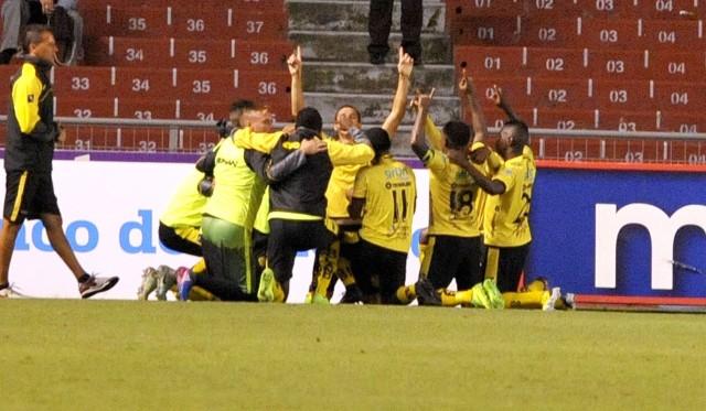 Fuerza Amarilla 12