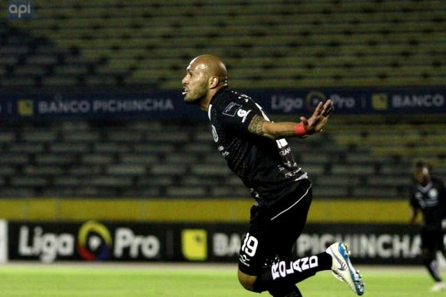 Cesar Espinola 2