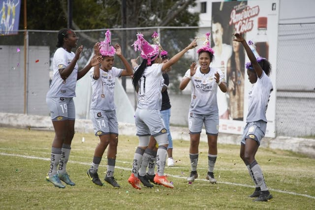 Deportivo Cuenca Femenino 5