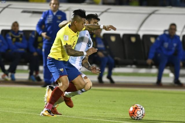 Cristian Ramirez Sel 3