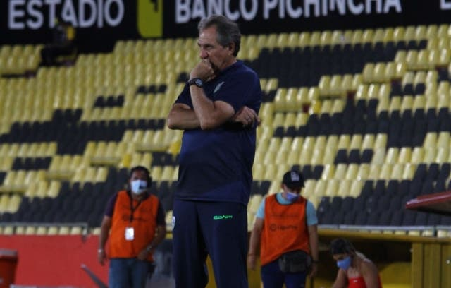 Patricio Lara 3